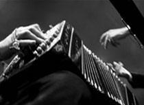 Fotografía: Eduardo Rembado - Las manos, Buenos Aires, 2011.